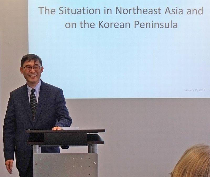 Vortrag von Generalkonsul Keum Chang Rok