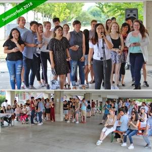 Oben: Studierende Singen, Unten: Publikum klatscht