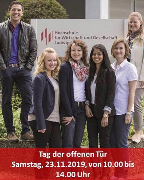 Hochschulfoto mit Studierenden