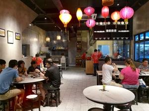 Restaurant mit Menschen