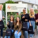 Studierende an der Hochschule für Wirtschaft und Gesellschaft Ludwigshafen